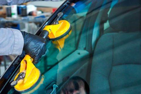 Morris Automotive Windscreen Replacement image